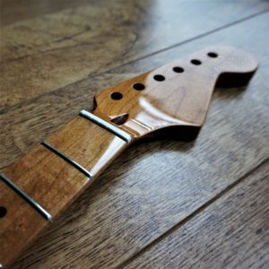 Baked Maple Strat Neck by Guitar Anatomy