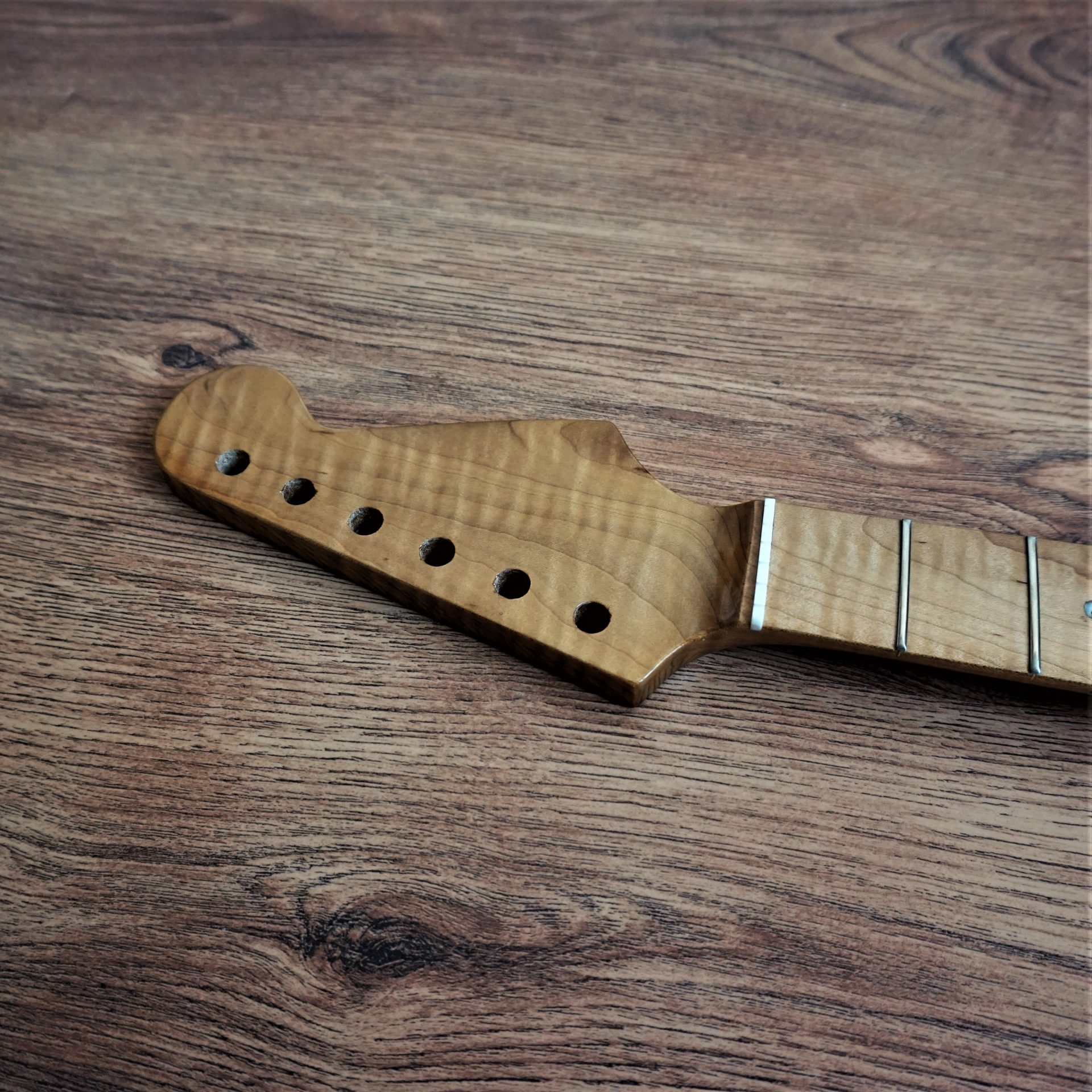 Stratocaster Roasted Canadian Maple Neck with Ebony Fretboard 22 Frets