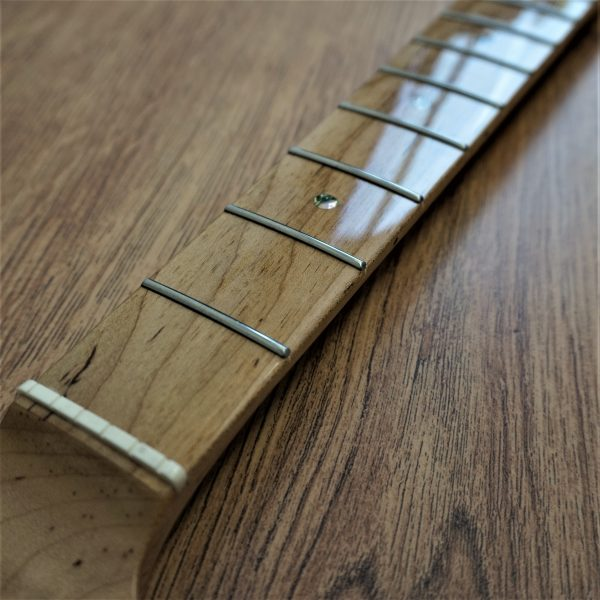 Stratocaster Guitar Neck - Guitar Anatomy